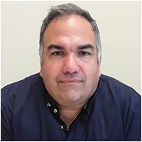 Dr. Moisés José López